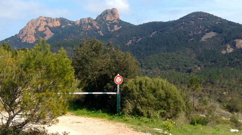 Hiking in the Esterel Mountains, French Riviera